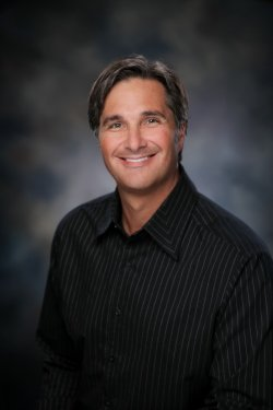 Dr. Delwyn Dick is a Dentist in Coeur d'Alene, ID
